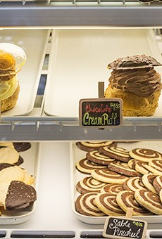 Plenty more options available at the pastry counter -- get 'em before they're gone.