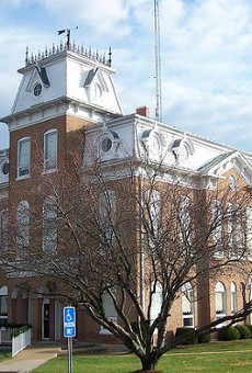 The courthouse in Salem, Missouri. Now that the county commission has changed its mind, flags will remain at full mast even on the 26th of the month.