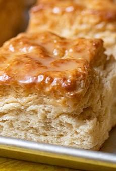 Honey Bee's Biscuits + Good Eats Is Serving a Buzzworthy Breakfast
