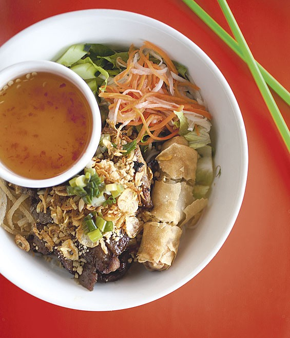 Bun dac biet: Dao Tien's vermicelli noodles prepared with beef, chicken and pork.