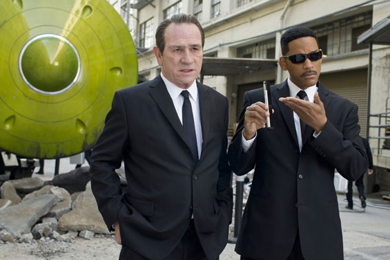 Black to the future: Tommy Lee Jones and Will Smith in Men in Black 3.