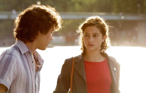 Lola Créton and Sebastian Urzendowsky in Goodbye First Love.