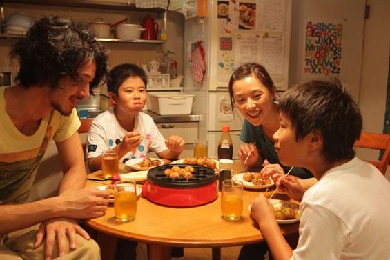 Joe Odagiri,Koki Maeda, Nene Ohtsuka and  Ohshiro Maeda in I Wish.