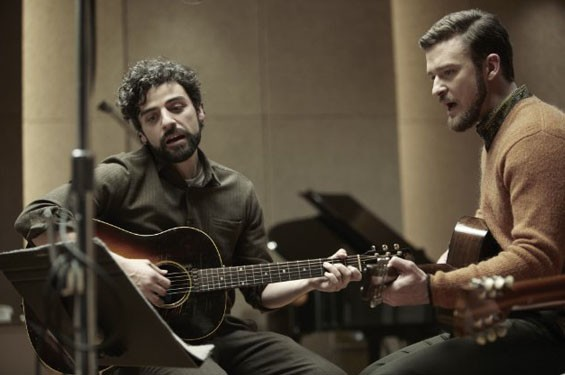 Still of Justin Timberlake and Oscar Isaac in Inside Llewyn Davis.