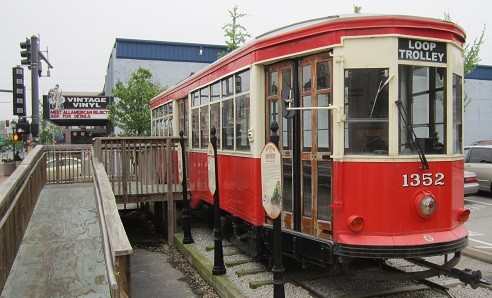 "A streetcar named ""Loop Trolley"" - PHOTO: JENNIFER SILVERBERG"