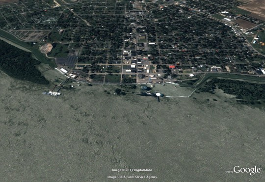 Caruthersville in May 2011 -- the river has risen so high, it broke the previous record set in 1937.
