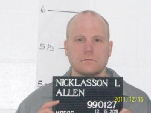 Allen Nicklasson. - V