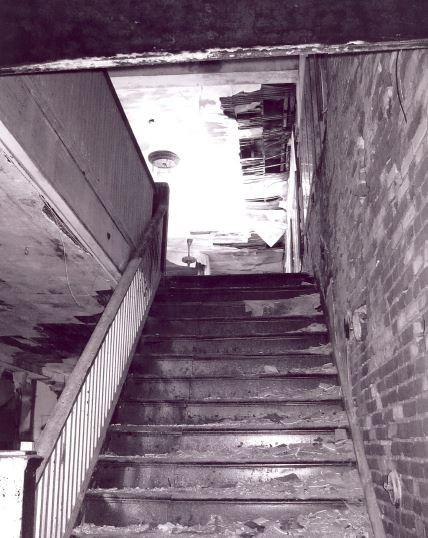 ballroom_interior_staircase1.JPG