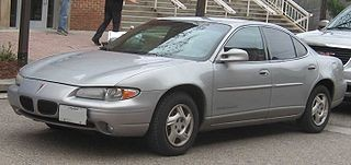 Four-door Pontiac Grand Prix similar to the one in the accident.