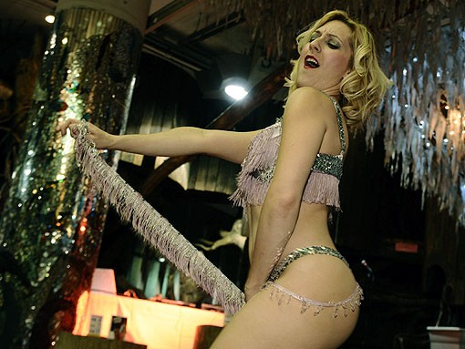 Burlesque performer Lola Van Ella. See more photos from last night's RFT Best Of St. Louis party. - PHOTO: EGAN O'KEEFE
