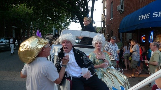 King Louis XVI and Marie Antoinette stopped their carriage at several bars along the way.