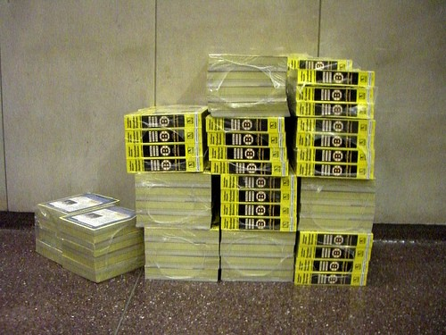 """The """"pages"""" tend to stack up. Know what I mean? - FLICKR.COM/PHOTOS/F-R-A-N-K"""