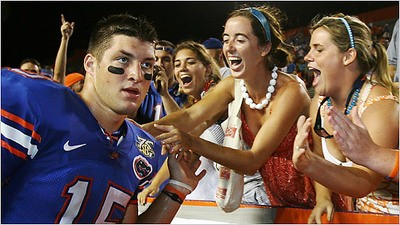 tebow_and_girls_thumb_400x225_thumb_400x225.jpg