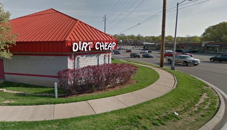Need police assistance? Just run into a Dirt Cheap liquor store and start screaming for help. - GOOGLE MAPS