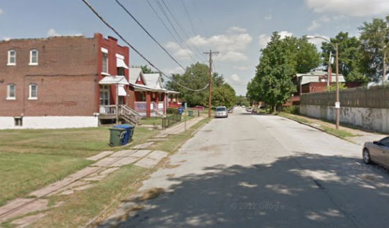 Block where a woman found her intoxicated brother. - VIA GOOGLE MAPS