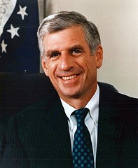 John C. Danforth - FLICKR.COM/PHOTOS/LAMBDACHIALPHA
