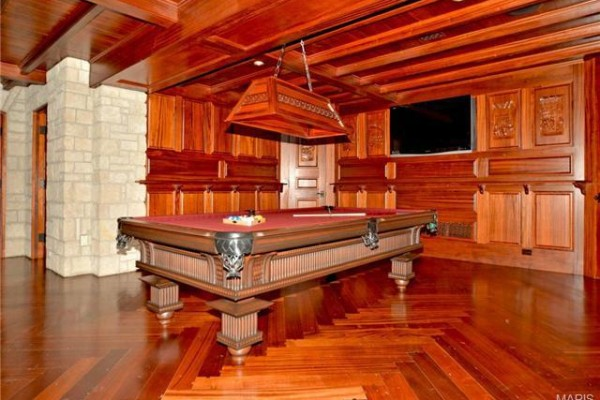chris_carpenter_mansion_16_600x400_c.jpg