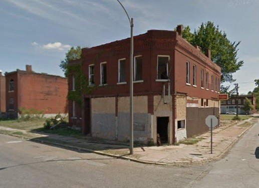 Abandoned building on College Avenue. - VIA GOOGLE MAPS