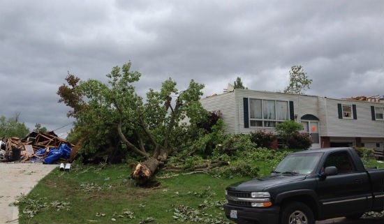 Recent St. Louis tornado damage. - NATIONAL WEATHER SERVICE