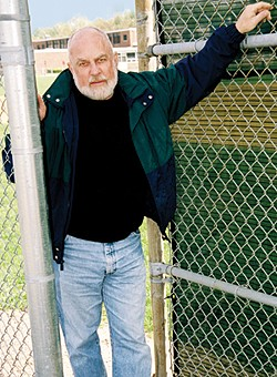 Murray Chass rocks baseball column writing old school. No blogs for him, nosiree. - WWW.MURRAYCHASS.COM