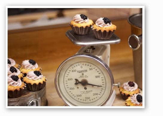 Deceptively peachy tea cakes. | Nancy Stiles