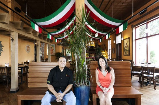 La Cantina owners Robert and Barbara Trevino - JENNIFER SILVERBERG
