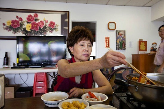 Xin Lin, owner and chef at Famous Szechuan Pavilion - JENNIFER SILVERBERG
