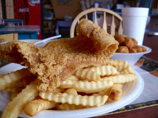 The catfish platter comes with a side of gumbo or jambalaya, so prepare to be stuffed. - ETTIE BERNEKING