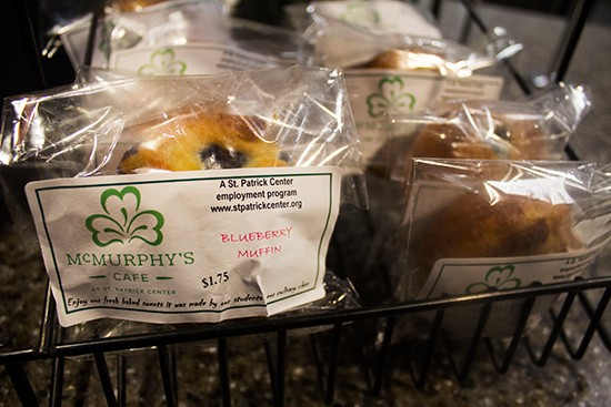 Individually wrapped baked goods for dessert.