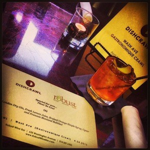 The signature Dishcrawl cocktail at Robust. | Image via Dishcrawl