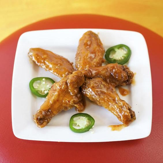 """The """"Hot Mama"""" wings at O! Wing Plus: 2011 was a good year for wing fans. - JENNIFER SILVERBERG"""