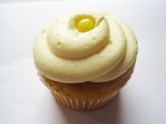 "The ""Lemon Drop"" cupcake from the Cup - IAN FROEB"
