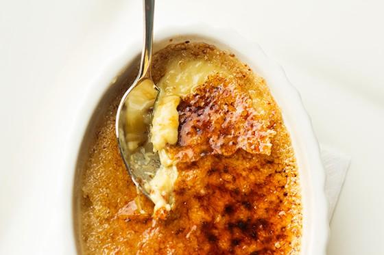 A look at the creamy custard beneath the burnt-sugar shell.