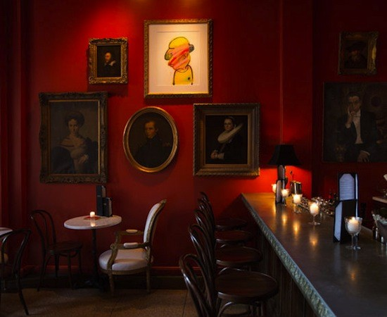 ONE WALL OF THE BAR LES FRÈRES DINING ROOM | JENNIFER SILVERBERG