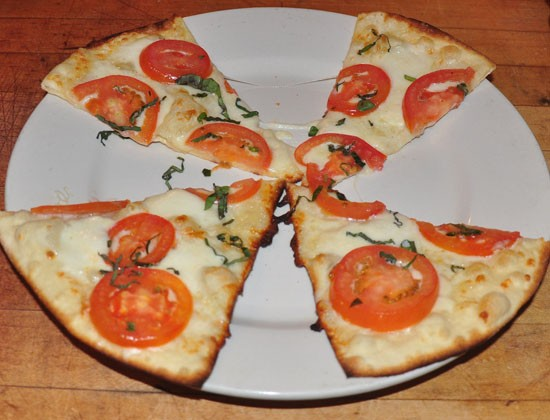 Vegetarian Margheritta pizza at Sugo's. - TARA MAHADEVAN