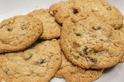 Oatmeal raisin cookies - MABEL SUEN