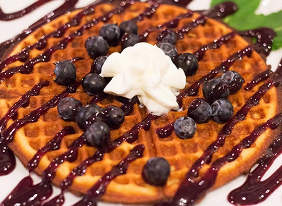"""The """"Violet Beauregarde"""" with bleuberry coulis, blueberries. - MABEL SUEN"""