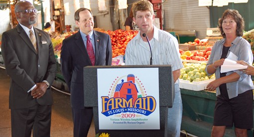 Walker Claridge, center, with St. Louis County Executive Charlie Dooley, far left, St. Louis Mayor Francis Slay, near left, and fellow Missouri farmer, Rhonda Perry, right.