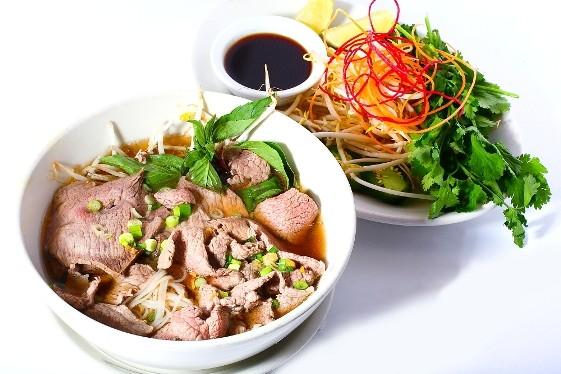 PHO BEEF AT SEN THAI ASIAN BISTRO. | KOM