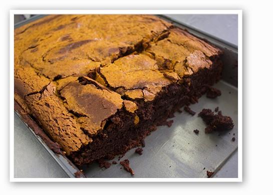Vegan pumpkin brownies, fresh from the oven. | Mabel Suen