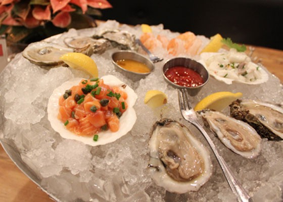 Oysters at Coastal Bistro. | Mabel Suen
