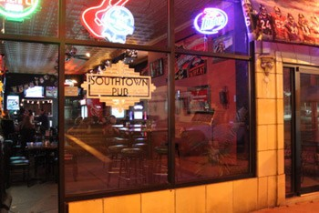 The wings at Southtown are jumob-sized. | RFT Photo