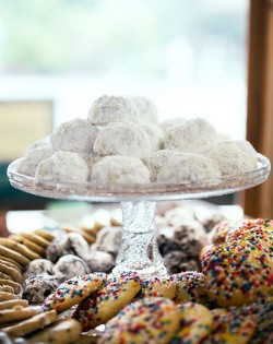 Desserts at Pint Size Bakery. - JENNIFER SILVERBERG