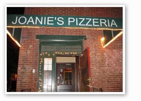 Joanie's brings the best thin-crust pizza & t-ravs around. | RFT Photo