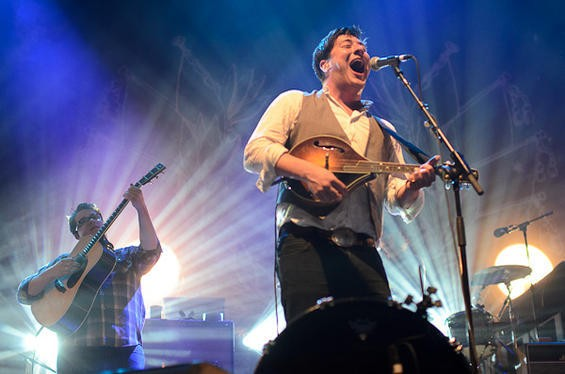 Mumford And Sons At The Pageant 6 5 11 Review Photos Setlist