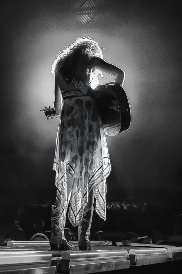 Taylor Swift - KENNY WILLIAMSON
