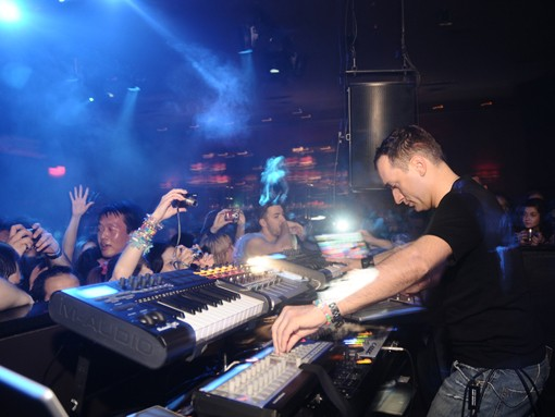 View a slideshow of Paul van Dyk's June 16, 2009 show. - PHOTO: EGAN O'KEEFE