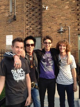 SoR students hang out with Earl Slick.