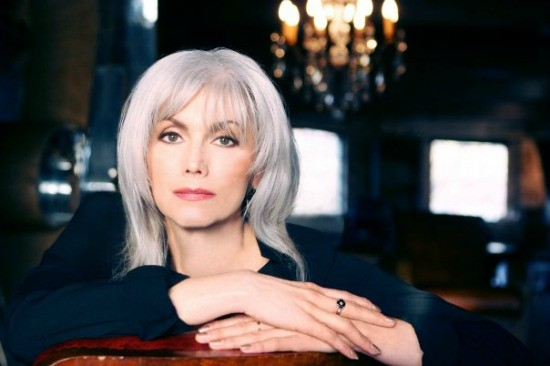Emmylou_Harris_Press_Photo.jpg