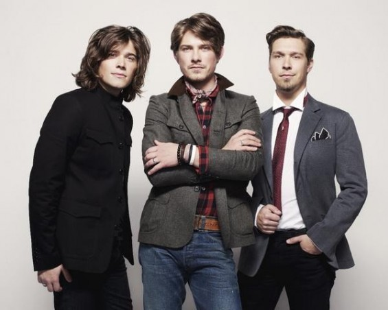 ZOMG IT'S HANSON. You can re-live my grade school fantasies on August 5 at the Pageant.